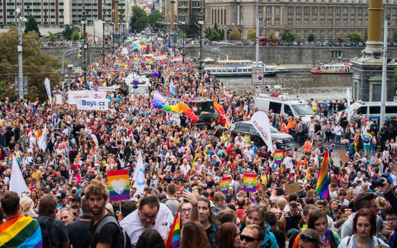 Rovné Příležitosti Na Pracovišti Pro Všechny? Stále V Nedohlednu. Proč Je Prague Pride Důležitý?